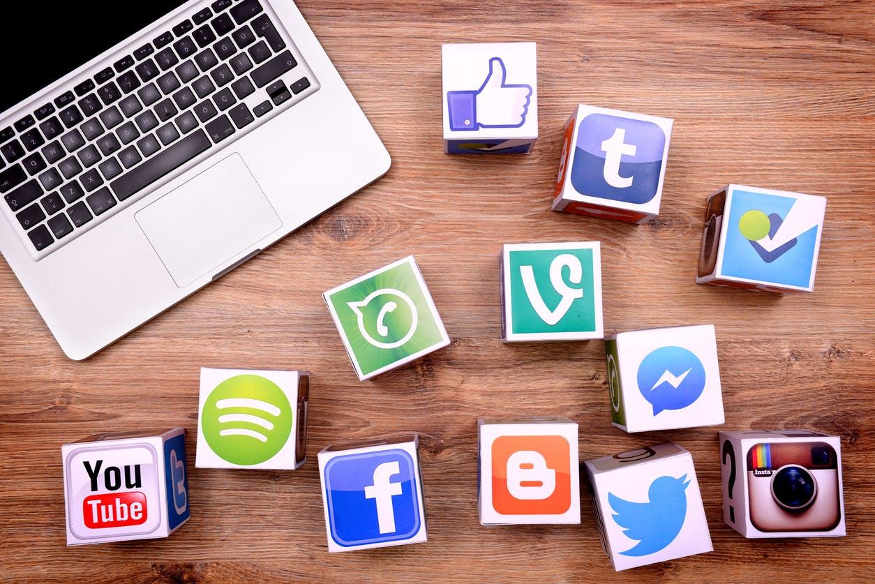 Bisa-terintegrasi-langsung-ke-sosial-media